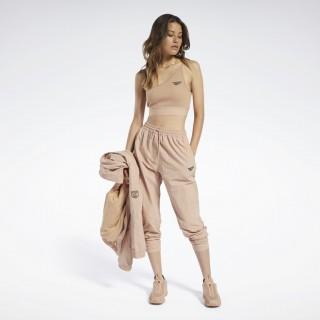 Classics Gigi Hadid